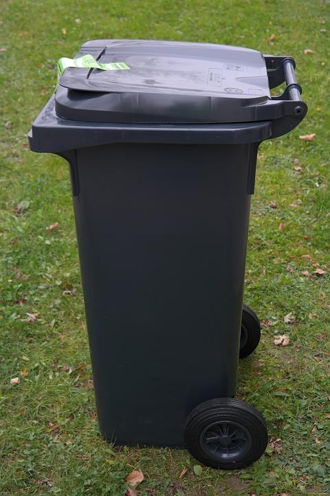 Les meilleures poubelles automatiques du marché