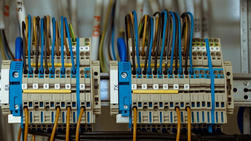 Des électriciens en cas de problème chez vous